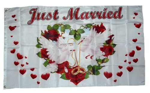 Fahne / Flagge Just Married Hochzeit Herzen 90 x 150 cm